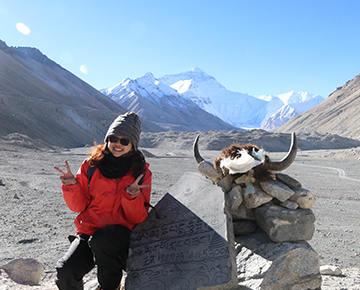 西藏旅游定制师-依依