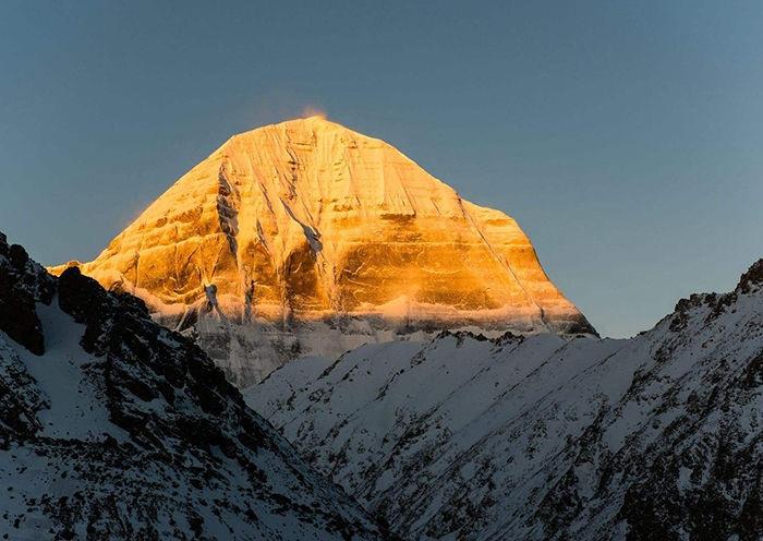 Sunny Mount Kailash