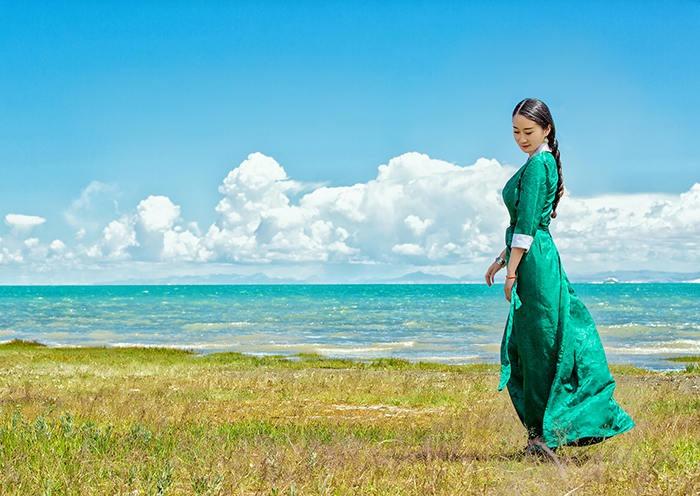 Beauty beside Qinghai Lake
